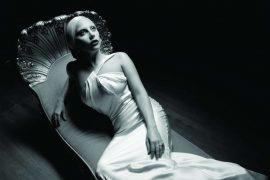 Lady Gaga de retour pour soutenir les victimes des ouragans.