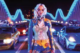 Des chevaux sous le capot pour le dernier single de Rita Ora.