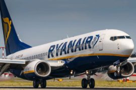 Aéroport Tarbes Lourdes Pyrénées et Ryanair, ça plane pour eux.
